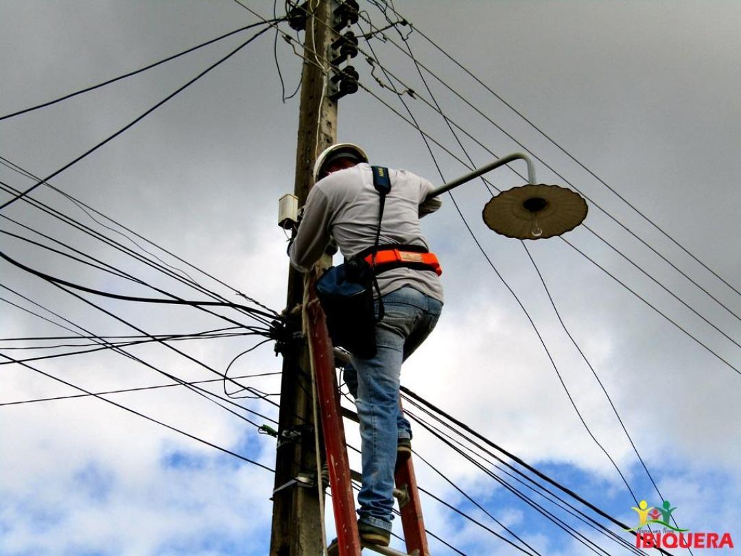 Imagens da Prefeitura de Ibiquera-BA