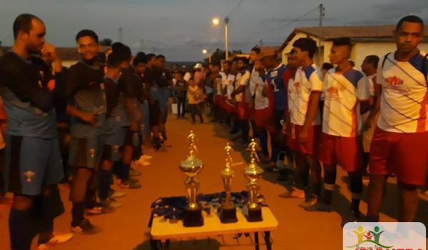 Confira quem foi o campeão da final do torneio de futebol no Assentamento Munduri.