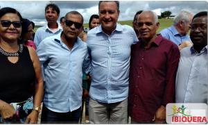 Durante visita a Lajedinho Governador Rui Costa Fala Sobre a Nova Praça que será construída em Ibiquera